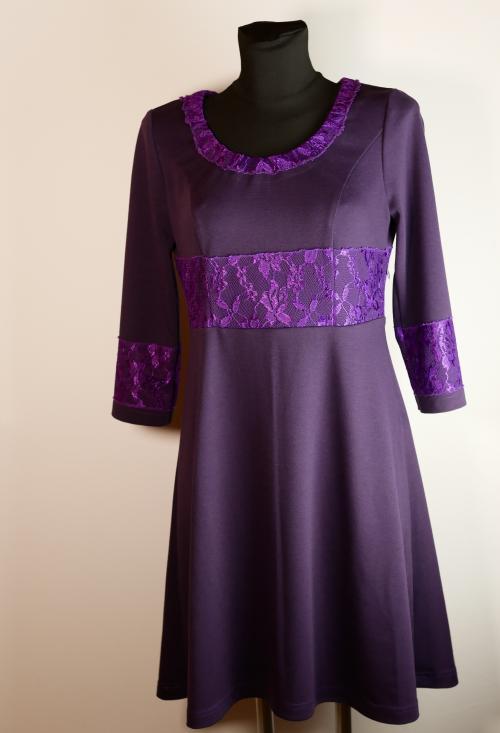 Elastisch, weich und doch elegant. Romanitjersey ist ein toller Kompromiss zwischebn Eleganz und Tragekomfort.