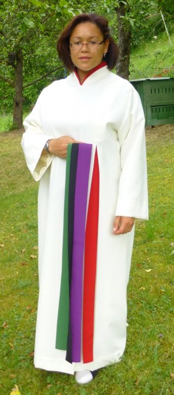 liturgische Bänder und Wechselkragen