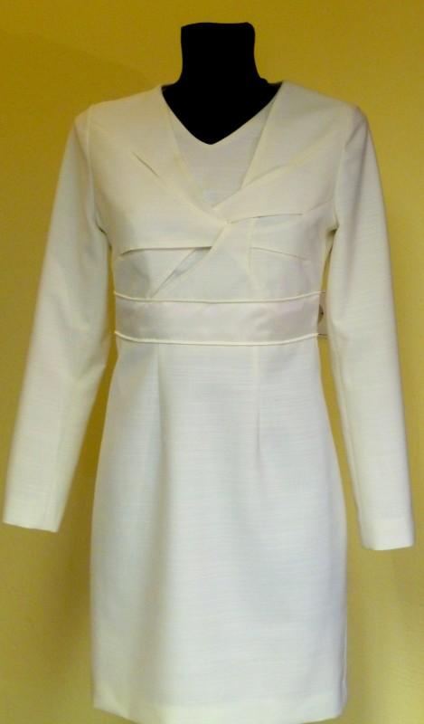 Kleid mit verschlungenem Vorderteil