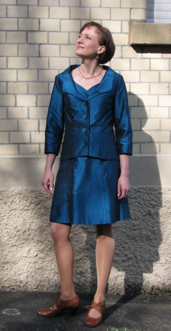 Kleid-Jacke-Kombination
